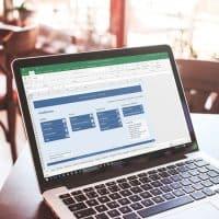 FIE-MacBook-Pro-in-Cafe-iPad-in-Irish-Pub-coolmockupscom-(1)